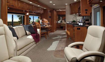 neue und geplante modelle von us wohnmobilen us. Black Bedroom Furniture Sets. Home Design Ideas